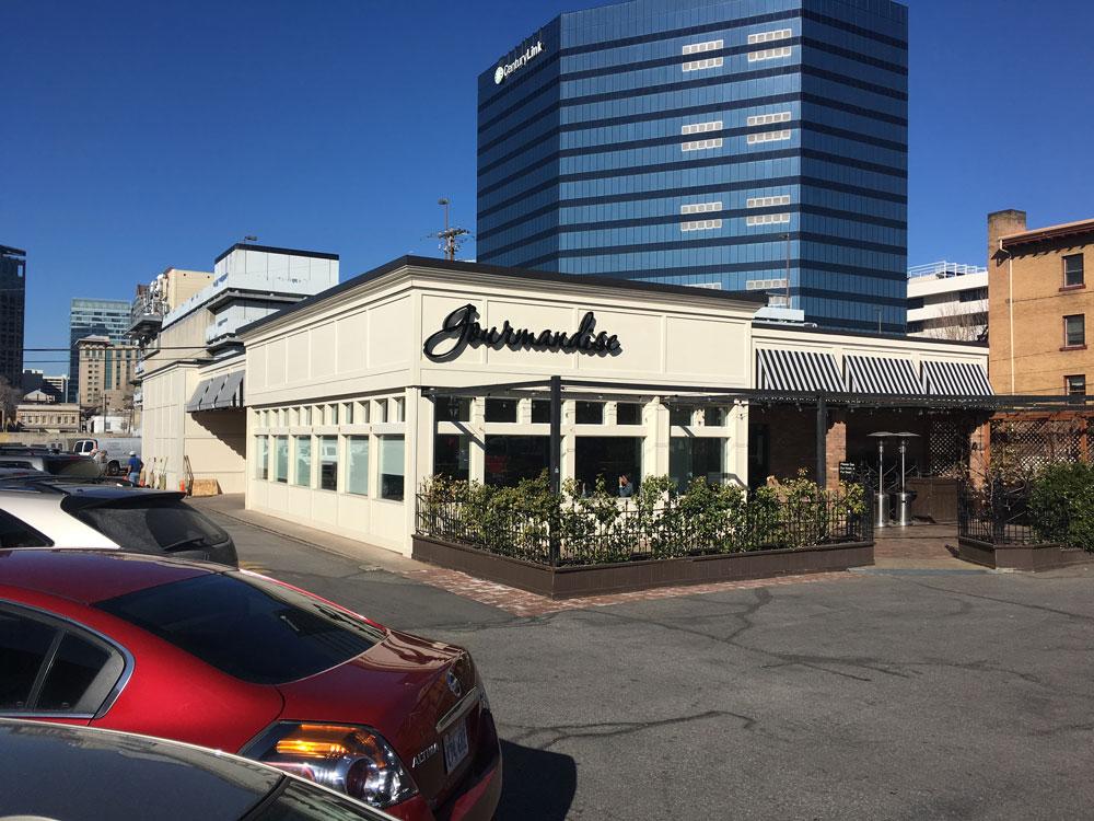 Commercial establishment